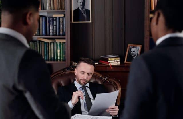 תפקידו של עורך דין