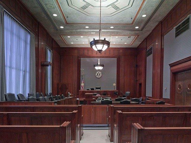האם כל תיק פלילי מחייב ייצוג של עורך דין